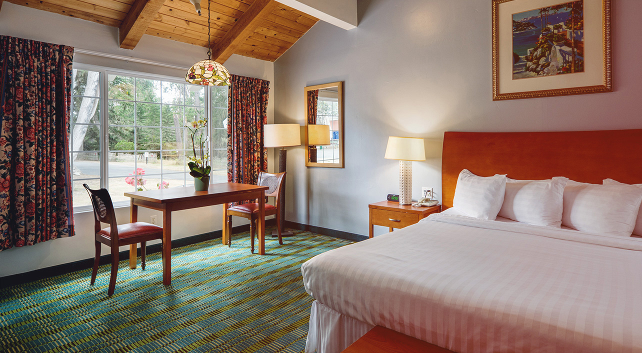 WE OFFER SEVERAL ROOM TYPES AND AMENITIES THAT MAKE GUESTS FEEL AT HOME